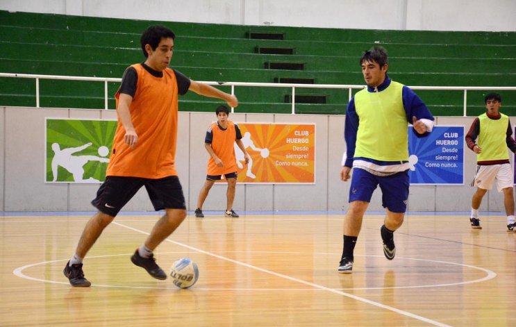 La selección de Comodoro debuta esta tarde ante Ushuaia