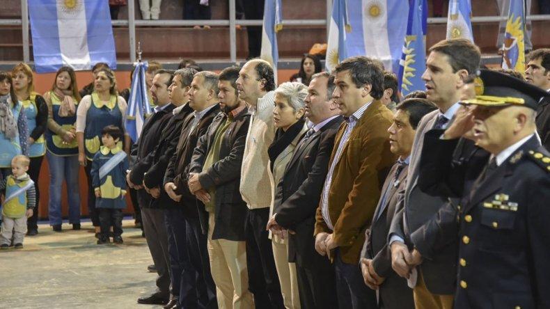 El acto central presidido por el intendente Facundo Prades se realizó en el Complejo Deportivo Ingeniero Knudsen.