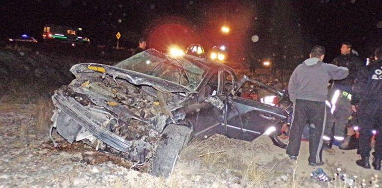 Murieron cuatro personas en un vuelco entre Trelew y Rawson