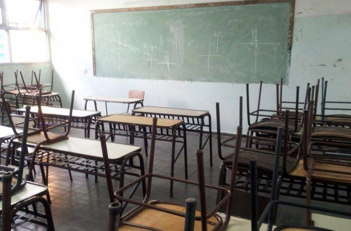Tras más de 60 días sin clases padres realizarán marcha