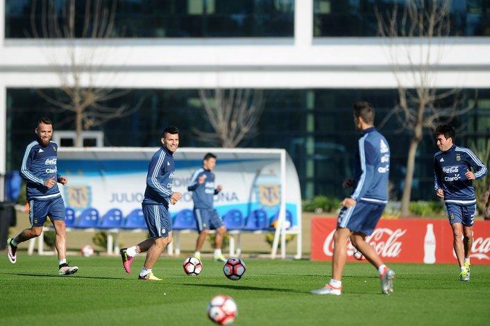 La selección argentina jugará esta noche un amistoso de preparación para la Copa América del Centenario.