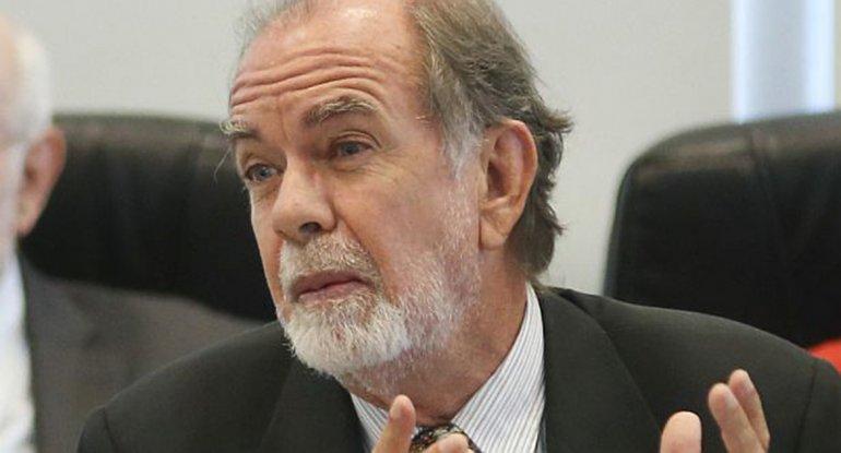 El economista de Cambiemos criticó que los empleados puedan comprar un plasma.