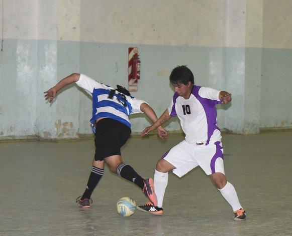 El fútbol de salón mayor y el de la Asociación Promocional tendrán intensa actividad en la jornada de hoy.