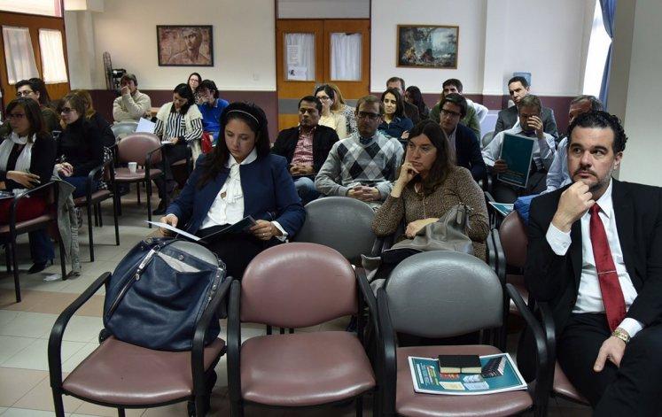 El auditorio estuvo conformado por profesionales de la medicina y abogados