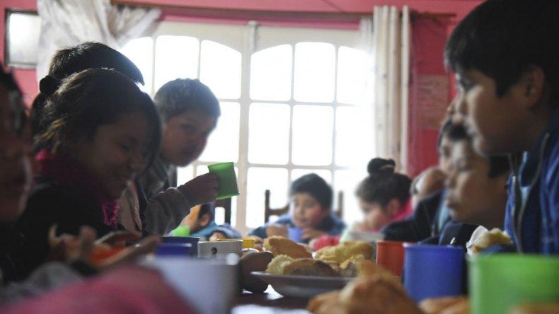 Muchos niños asisten a más de un merendero