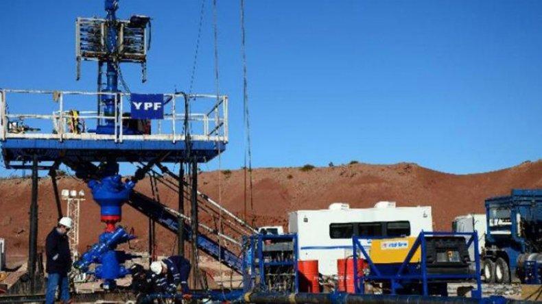 YPF se desprende de áreas en Río Negro y estudia hacerlo en Chubut y Santa Cruz