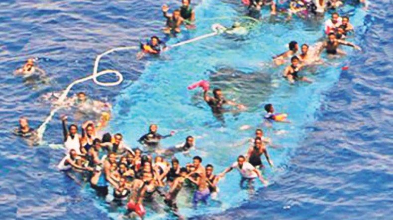 Entre el miércoles y el viernes se produjeron tres naufragios que dejaron más de 700 muertos.