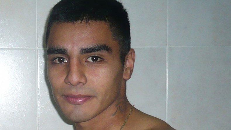 Sebastián Aguirre sufrió anteanoche su segunda derrota dentro del campo rentado.