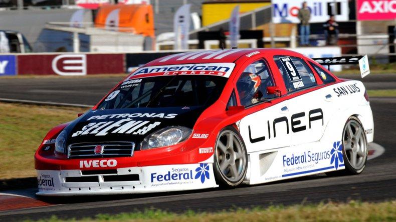 José Manuel Urcera que había terminado segundo al final se quedó con el primer puesto porque Damián Fineschi sufrió un recargo.