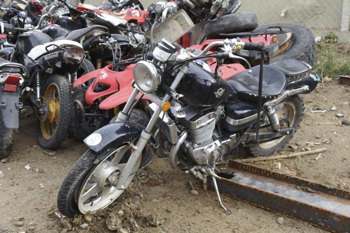 Las motos Mondial 254 y Bajaj 200 fueron secuestradas y ayer permanecían en las instalaciones de la Seccional Tercera.