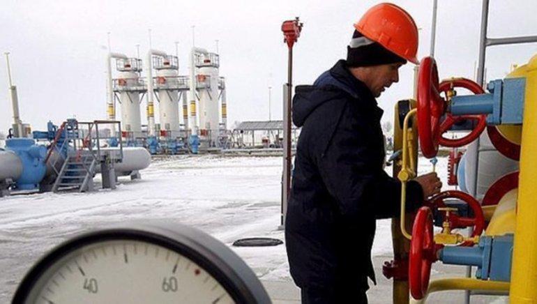 Petroleros de Tierra del Fuego advierten que el miércoles cortarán el paso del gas de esa provincia al resto del país.
