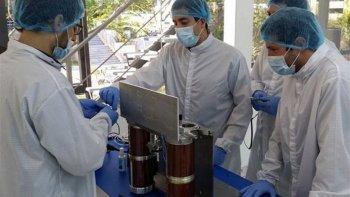 fresco y batata, los insolitos nombres de dos nanosatelites argentinos