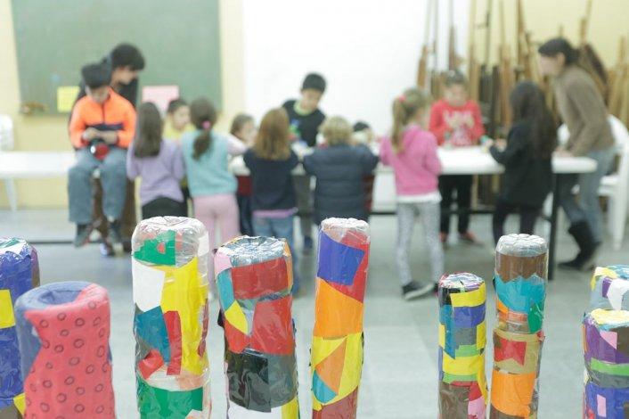 Propuestas artísticas para niños, adolescentes y adultos en Rada Tilly