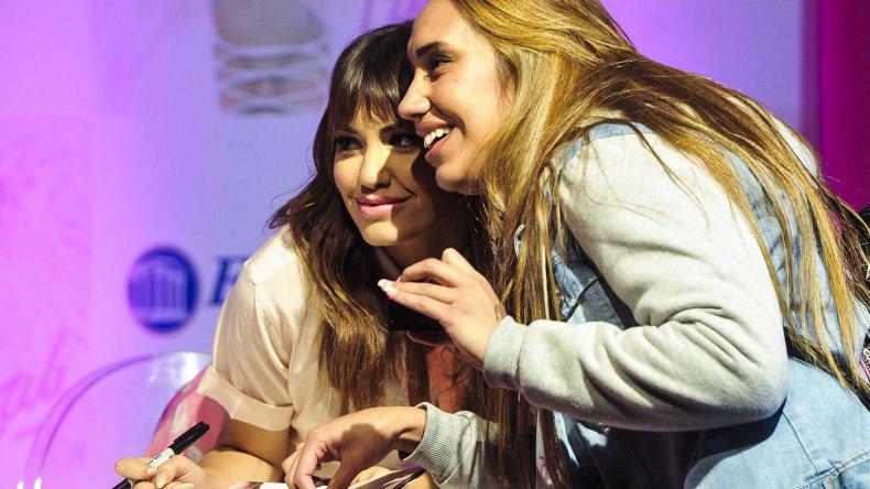 Lali Espósito presentó su disco Soy.