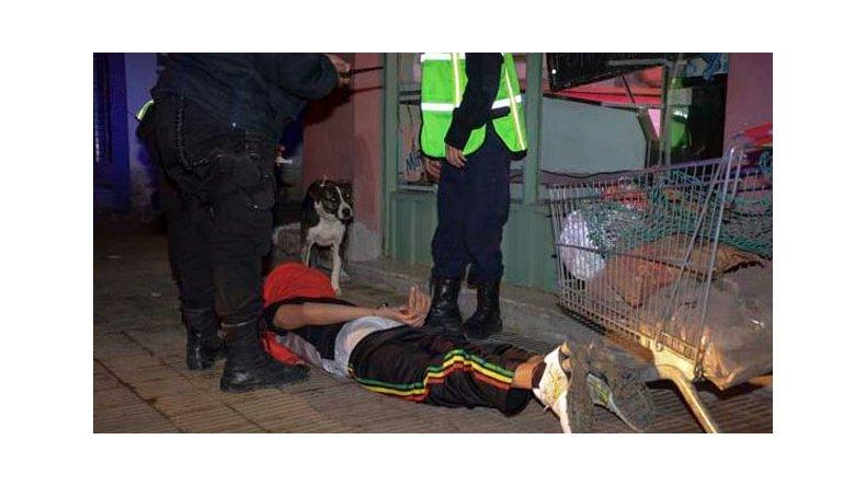 Le dictaron preventiva al Conejo Levicoy y domiciliaria a la chica que robó con él