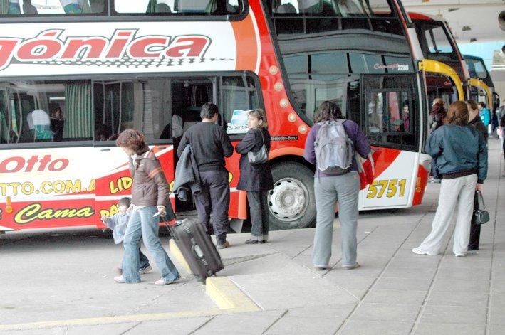 Provincia restablecerá el descuento del 40% en los pasajes de los estudiantes universitarios