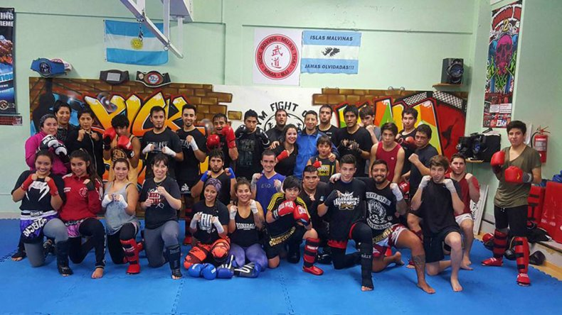 El kick boxing local competirá el domingo en Puerto Madryn y prepara un festival abierto para el 9 de julio.