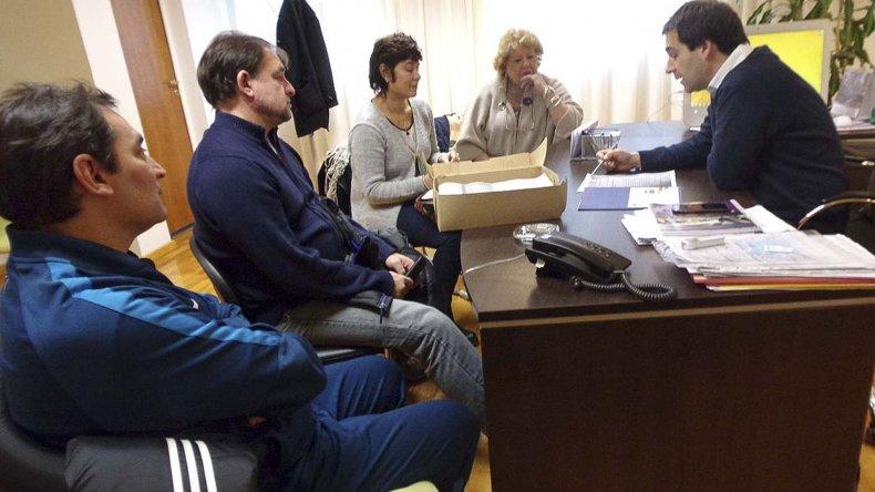 Autoridades del ISEF renovaron sus demandas ayer en el Concejo Deliberante.