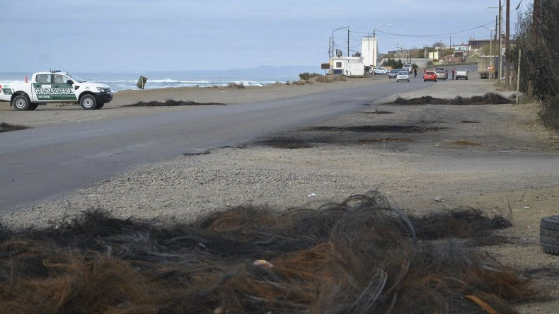 El acceso norte a la ciudad del Gorosito quedó liberado a partir de ayer. En el lugar quedaron vestigios de quema de cubiertas y una guardia de prevención de efectivos de Gendarmería.