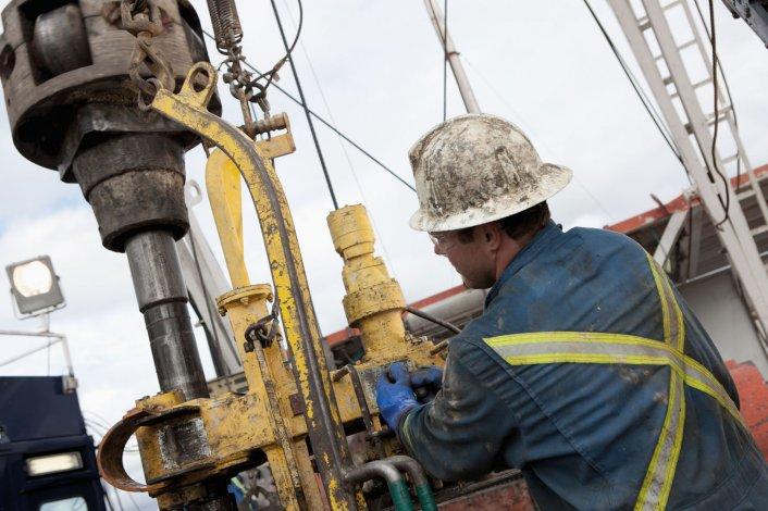Petroleros desde el lunes estarán en estado de alerta  y movilización