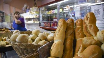 volvio a aumentar el pan: en poco mas de un ano subio un 83%