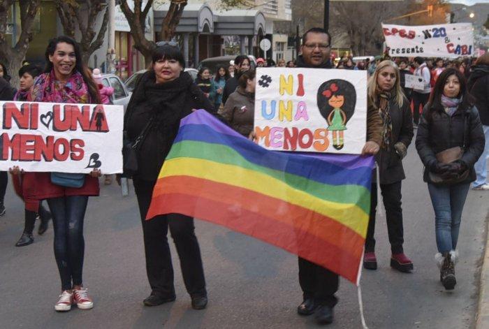 La comunidad trans se sumó a la manifestación pública ya que es una de las más afectadas por el flagelo de la violencia de género.