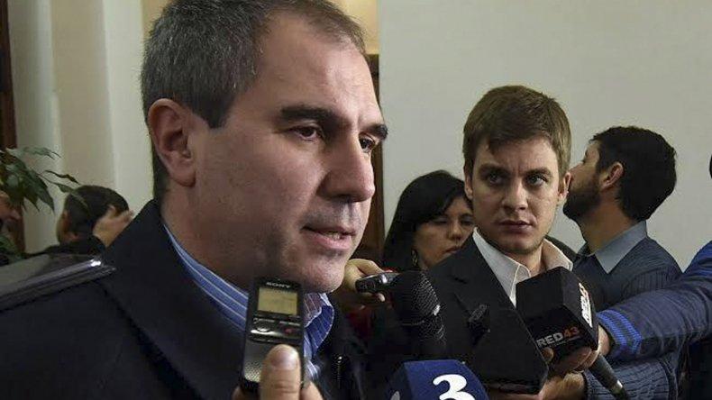 No hay ninguna posibilidad de discutir incrementos salariales, dijo el ministro Oca