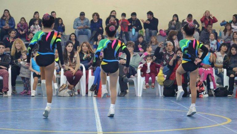 Cinco comodorenses se miden en el Nacional de Aeróbica y buscan una plaza en el equipo argentino.