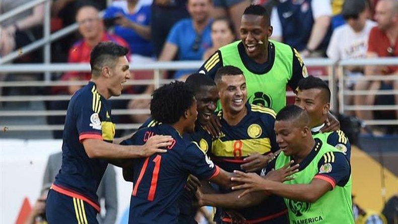 Colombia venció al anfitrión por 2 a 0