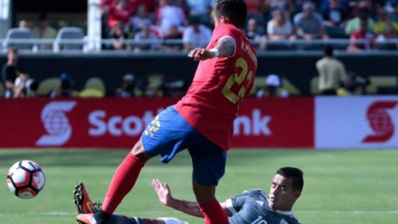 Paraguay y Costa Rica quedaron en deuda en el debut.