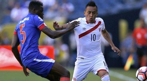 Perú venció anoche con esfuerzo a Haití que casi lo empata en tiempo de descuento.