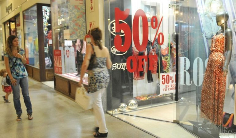 Quinto mes consecutivo con caídas en las ventas minoristas