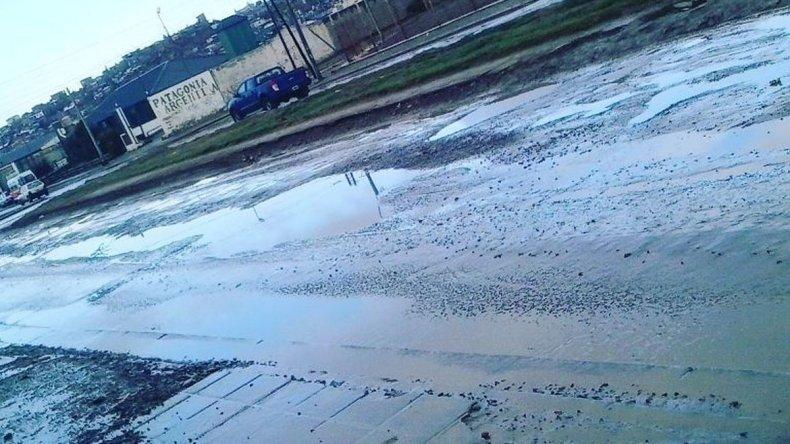 Tras 6 meses las avenidas afectadas por el temporal siguen intransitables