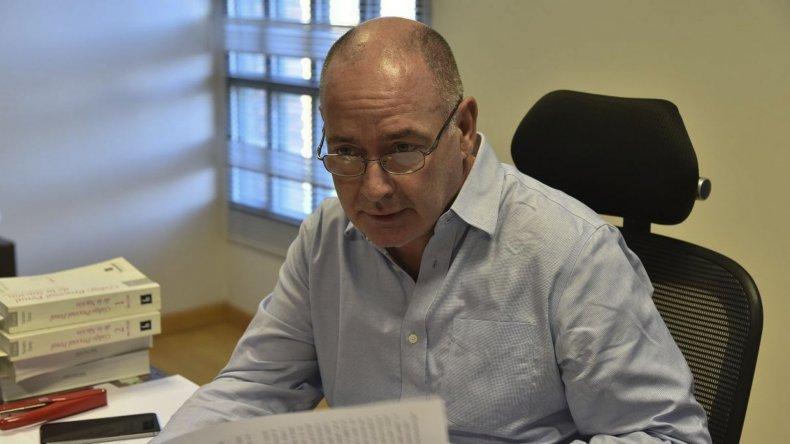 El juez Miguel Angel Meyer de-sestimó el recurso de amparo interpuesto por el defensor oficial Walter Martínez que favorecía a ocupantes ilegales de viviendas.