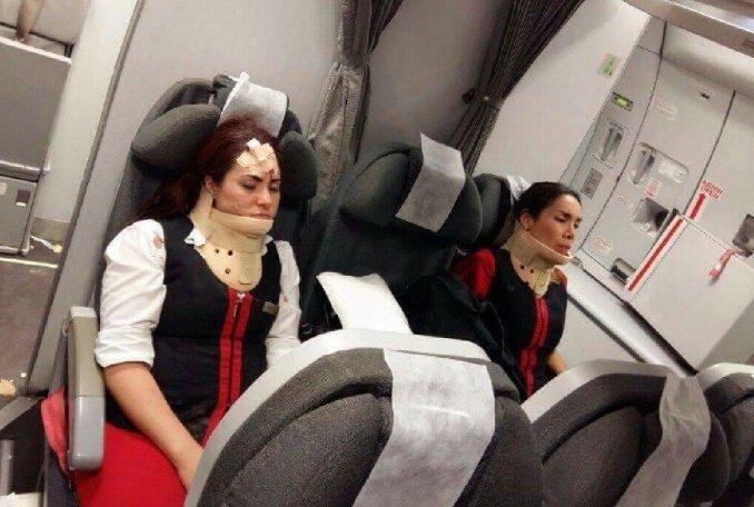 Habló un pasajero del vuelo que terminó con 23 heridos: pensé que nos estrellábamos