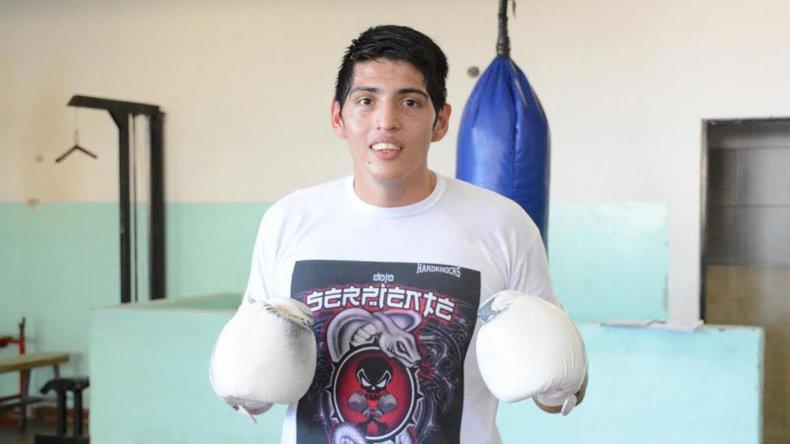Ariel Araneda tendrá una importante competencia dentro de los próximos cuatro meses y fuera del país.