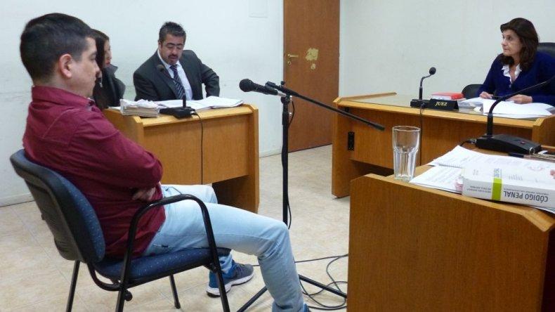 Cristian Monsalvo al enfrentar ayer la audiencia de control de detención.
