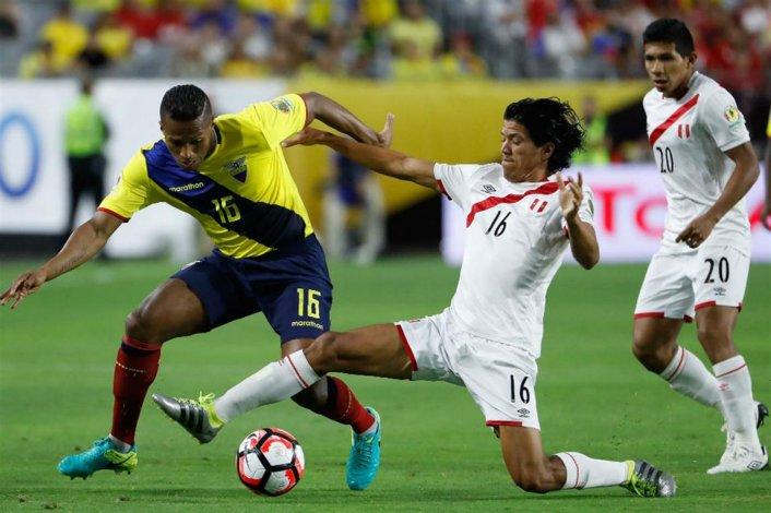 Perú y Ecuador empataron en un partido emocionante