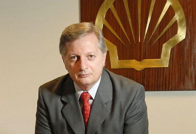 Operativos en las oficinas de Aranguren por la compra de gas a Chile