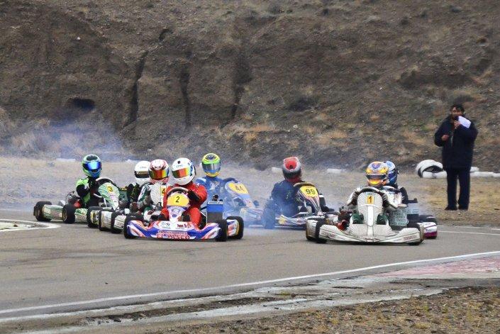 Francisco Iparraguirre y Emanuel Abdala comparten la punta del torneo en la Sudam.