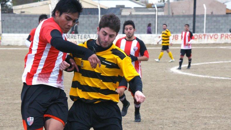 Roca viene de vencer 2-0 a Rada Tilly y marcha invicto en el Inicial B.