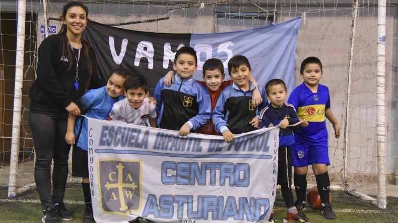 Los chicos de Asturiano viajarán a principios de 2017 a Córdoba y la dirigencia hará un mate bingo el sábado 18.