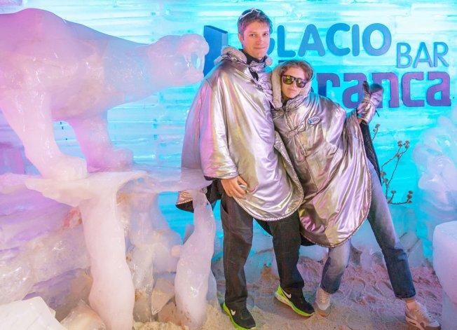Con esculturas de hielo