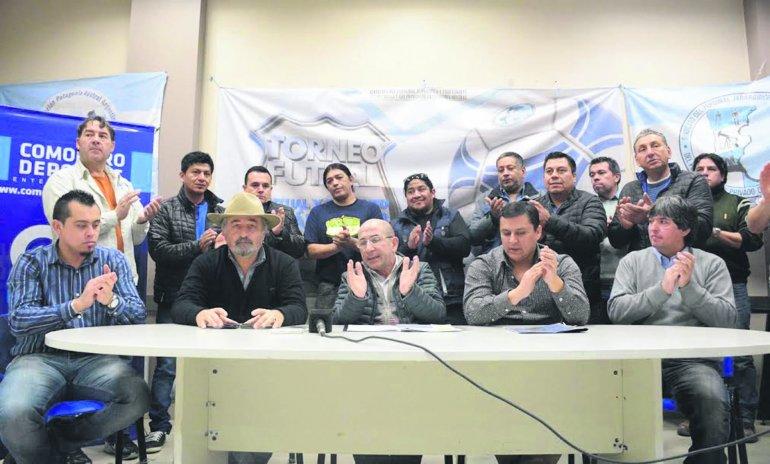 El último viernes se hizo la presentación oficial del torneo de fútbol de salón Juan Carlos Caicheo.