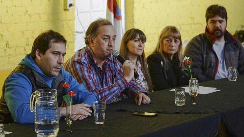 Graciela Nerea Amarillo asumió como presidenta de la Asociación Vecinal en una ceremonia encabezada por el intendente Carlos Linares.
