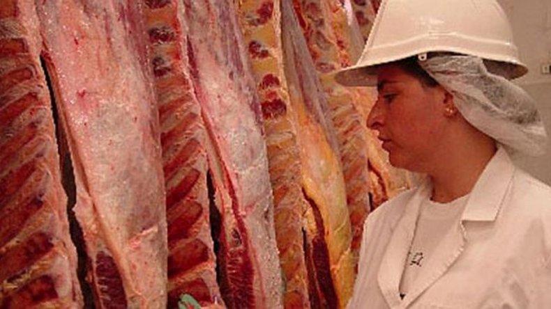 Trabajadores del gremio de la carne realizan un paro por 48 horas.
