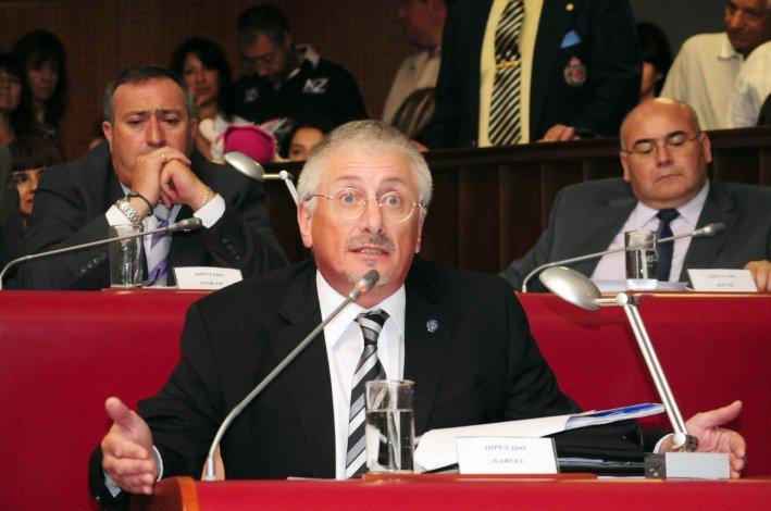 Jerónimo García no cree que el bloque político que lidera en la Legislatura pierda peso con su partida.