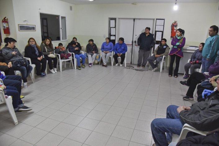 Los damnificados se reunieron anoche para delinear cómo continuará su reclamo contra el Instituto Provincial de la Vivienda.