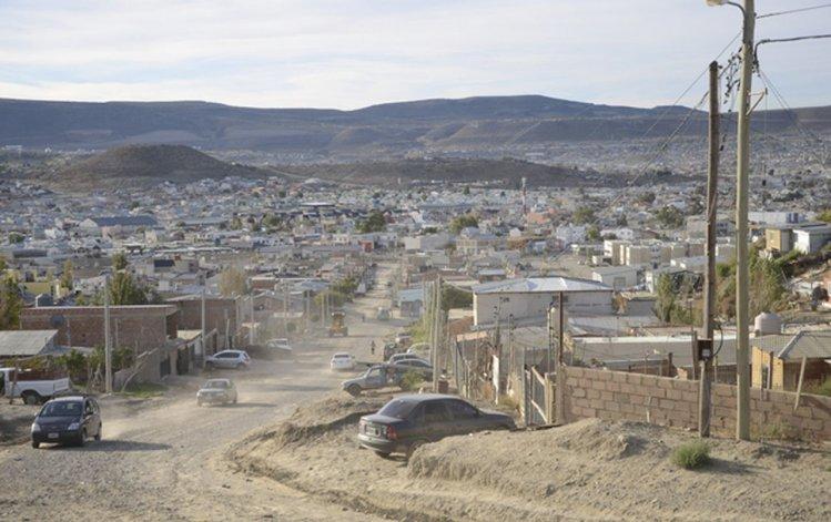 Dos detenidos en allanamientos simultáneos en el Abel Amaya