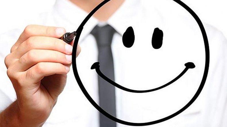 Mejoran la fórmula matemática de la felicidad: restan la envidia y la culpa